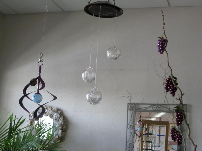 3-Crackle Glass Balls - Color-Changing LED Light